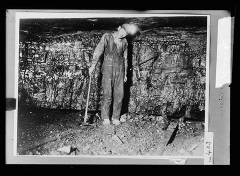 Coal Miner, between 1915-1925.
